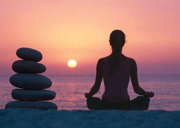 Giải tỏa căng thẳng nhờ tập Yoga